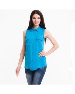 Trendy ermeløs chiffon skjorte med dobbel lomme og krage.